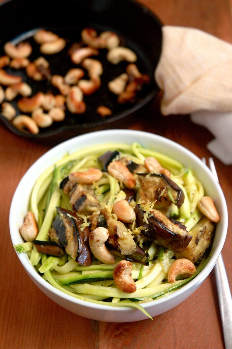 Coconut Turmeric Zucchini Noodles