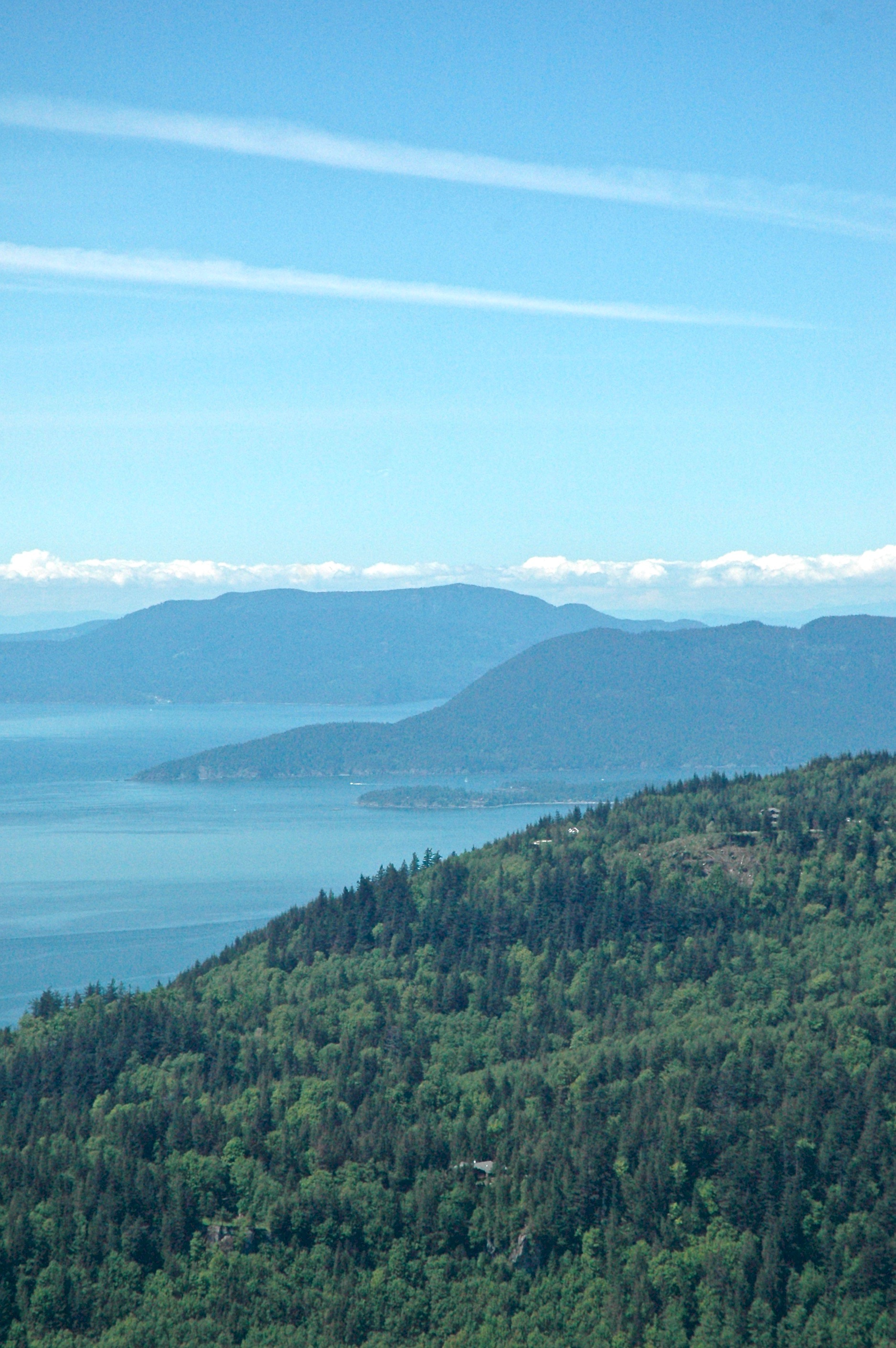 Oyster Dome. Beautiful weekend views at the top of the dome | kaleandcompass.com